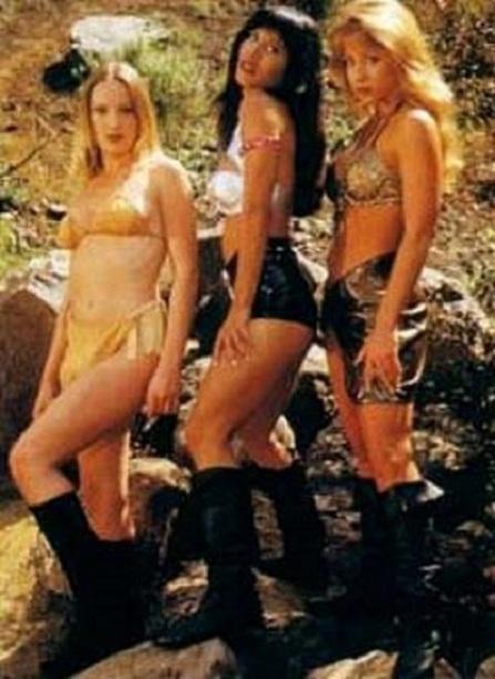 Beach Babes 2 (1995) 2